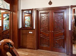 Двери из массива дуба в Санкт-Петербурге Сравнить цены